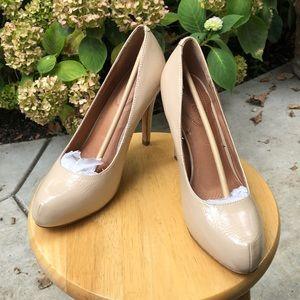 Corso Como Palomar nude crinkled heels. NIB